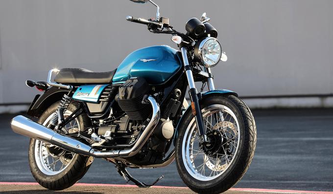 10 mẫu xe máy cổ điển hấp dẫn năm 2018