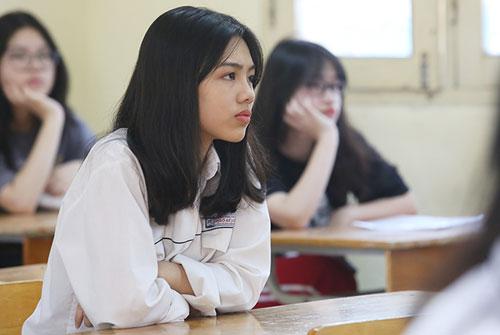 Thí sinh dự thi vào lớp 10 THPT năm 2018 của Hà Nội. Ảnh: Ngọc Thành.