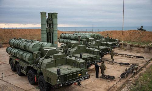 Tổ hợp tên lửa phòng không S-400 của Nga tại Sevastopol. Ảnh: RIA Novosti.