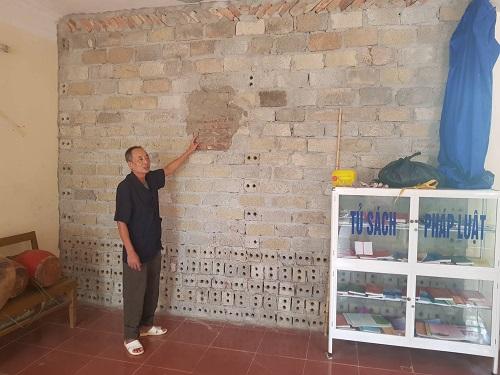 Căn phòng chứa cành sưa sau vụ trộm được xây dựng ngay trong nhà văn hóa. Ảnh: Gia Chính