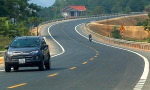 Đường 2.700 tỷ nối Hà Nội - Hòa Bình trước ngày thông xe