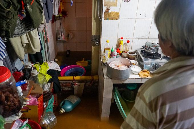 Cuộc sống của người Sài Gòn trong ngày triều cường