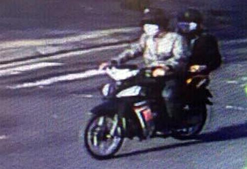 Hai nghi can gây ra vụ cướp bị camera ghi hình. Ảnh: Công an cung cấp