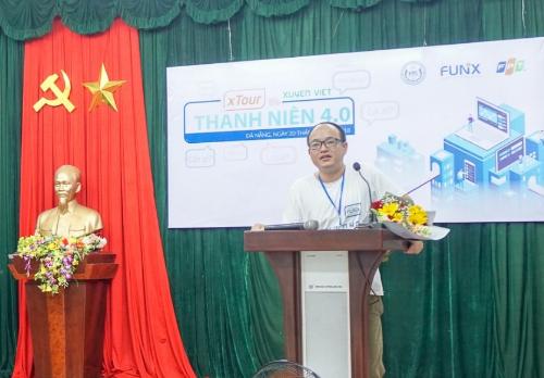 Anh Đinh Hùng Sơn chia sẻ tại xTour Thanh niên 4.0.