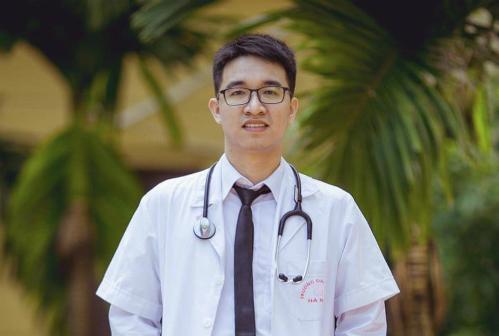 Võ Duy Văn đỗ Đại học Y Hà Nội vào năm 2012 với số điểm27,75 (chưa tính ưu tiên). Ảnh:NVCC