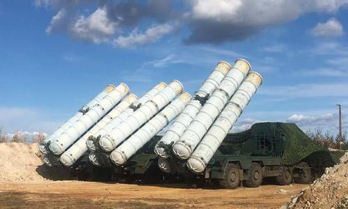 Tổ hợp tên lửa phòng không S-400 của Nga. Ảnh: Sputnik.