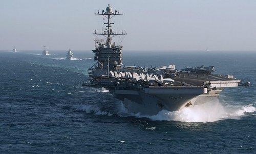 Tàu sân bay Truman và chiến hạm hộ tống trên Đại Tây Dương hồi năm 2017. Ảnh: US Navy.