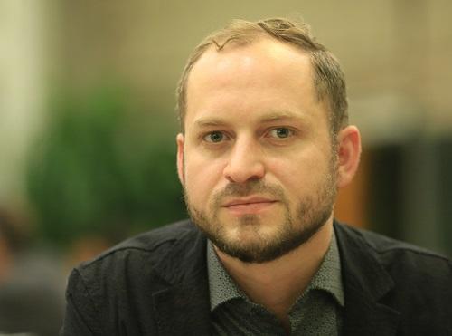 Chuyên gia Fabian Stolpe của Viện độc lập về các vấn đề môi trường. Ảnh: Gia Chính