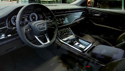 Nội thất của Audi Q8.
