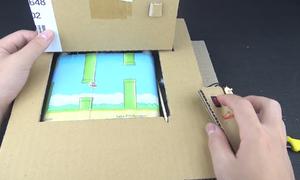 Chàng trai Hà Nội mô phỏng loạt game huyền thoại bằng bìa carton