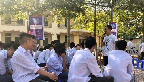 Ông Quách Ngọc Xuân -Giám đốc học thuật Đại học FUNiX chia sẻ về cách mạng 4.0.