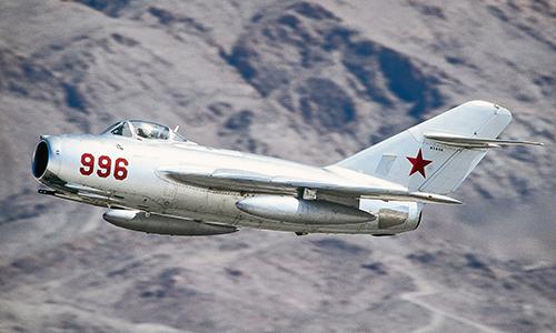 MiG-15 là tiêm kích phản lực được sản xuất nhiều nhất thế giới. Ảnh: RBTH.