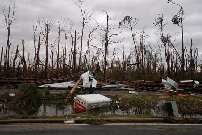 Sức tàn phá của bão Michael khi quét qua Florida