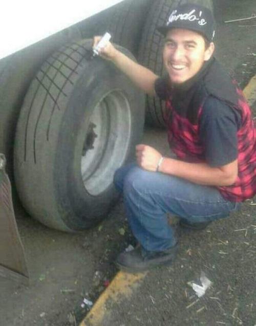 Bí kíp sở hữu lốp xe mới nhanh gọn và tiết kiệm.