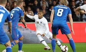 Pháp 2-2 Iceland