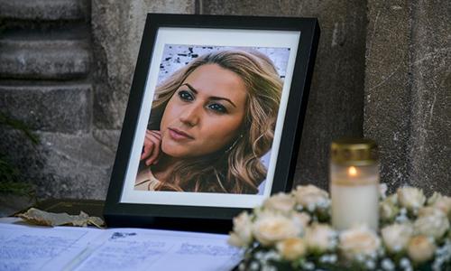 Di ảnh của Viktoria Marinova tạilễ tang diễn ra ở thị trấnRuse,Bulgaria hôm 12/10. Ảnh: AFP