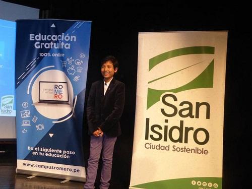 Doanh nhân trẻ tuổi muốn thay đổi tình hình quốc gia thông qua việc nâng cao ý thức tiết kiệm. Ảnh: Bartselana Student Bank