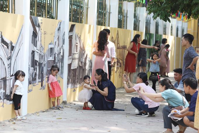 Trường Phan Đình Phùng khoác áo bích họa