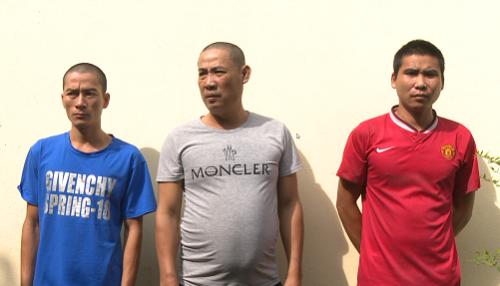Nhóm nghi phạm tại cơ quan điều tra. Ảnh: Nguyễn Khánh