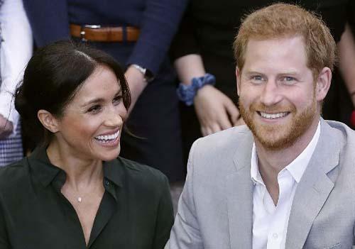 Hoàng tử Harry và Công nương Meghan tại một sự kiện ở miền nam nước Anh hôm 3/10. Ảnh: