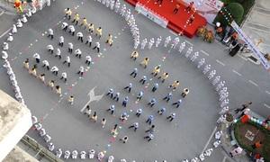 Điệu nhảy 'rửa tay' của hơn 150 y bác sỹ Viện Nhi Trung ương