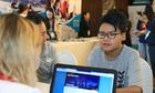 Nam sinh nhận học bổng khi dự triển lãm giáo dục New Zealand