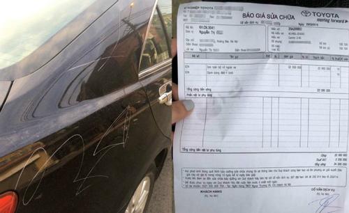 Xe Camry bị cào xước và bảng báo giá sửa chữa.