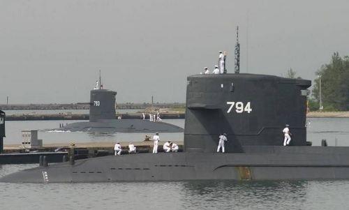 Hai tàu ngầm lớp Hải Long của Đài Loan. Ảnh: SCMP.