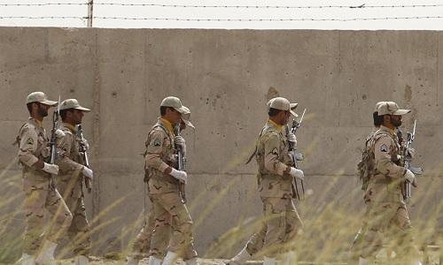 Binh sĩ Iran đang tuần tra tại khu vực biên giới phía đông nam. Ảnh: AFP.