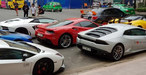 Siêu xe xuất hiện tại Sài Gòn hồi tháng 5. Ảnh: FB Tuấn Hưng