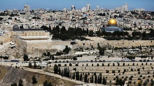 Toàn cảnh thành phố Jerusalem nhìn từ núi Olives. Ảnh: Reuters.