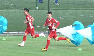 Đội tuyển Việt Nam rèn sức với bài tập lạ