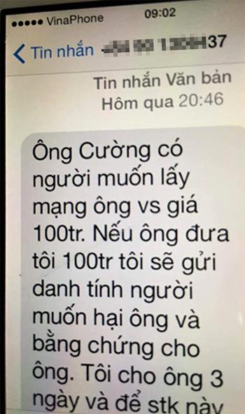 Chánh văn phòng đoàn đại biểu quốc hội Quảng Trị nhận tin nhắn đe doạ. Ảnh: Quang Hà