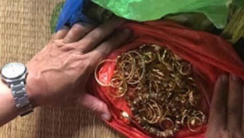 Đạo chích đánh cắp hơn 200 cây vàng trong căn biệt thự