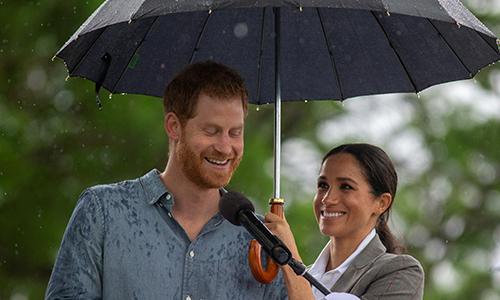 Hoàng tử Harry bỏ rượu khi biết Meghan mang thai