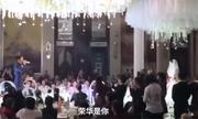 Đôi uyên ương Trung Quốc kết hôn sau khi thoát chết trên con tàu đắm