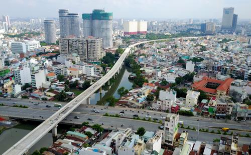 Tuyến metro số 1 của TP HCM đã hoàn thành khoảng 50% khối lượng công trình. Ảnh: Quỳnh Trần