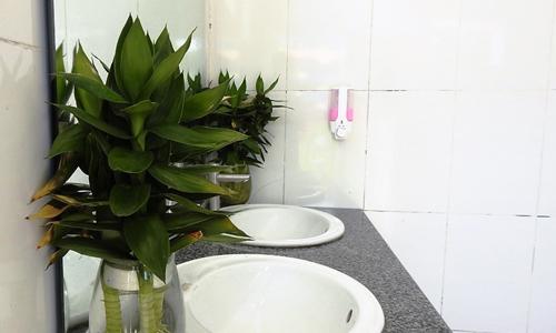 Giải pháp để nhà vệ sinh không còn ám ảnh học trò