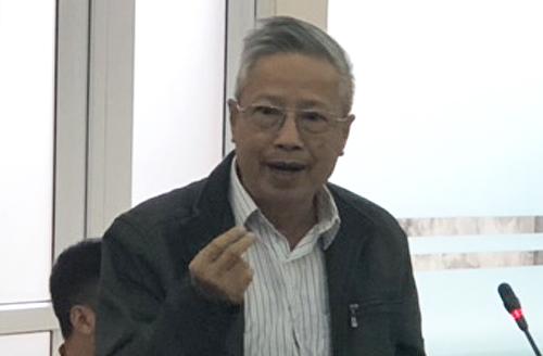 PGS Nguyễn KimVân phát biểu sáng 17/10. Ảnh: BN.
