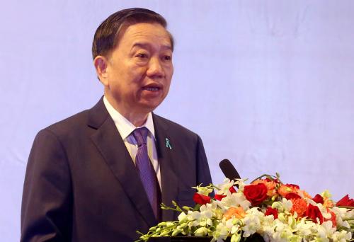Thượng tướng Tô Lâm, Bộ trưởng, Bộ Công an phát biểu khai mạc Hội nghị cấp bộ trưởng ASEAN về vấn đề ma túy sáng 18/10.Ảnh: Bá Đô