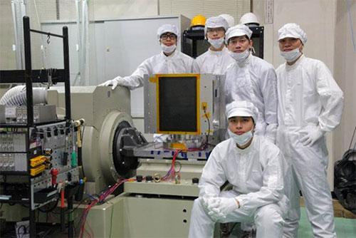 Vệ tinh MicroDragon (50kg) thuộc chương trình đào tạo của Dự án đã được chế tạo thành công và chuẩn bị phóng vào cuối năm 2018. Ảnh: