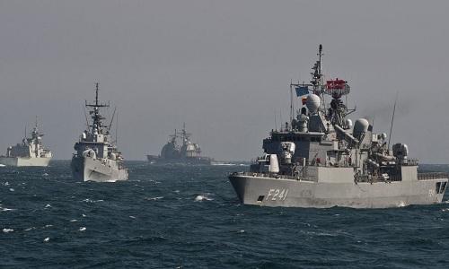 Tàu chiến NATO trong một đợt diễn tập trên Biển Đen hồi năm 2017. Ảnh: Sputnik.