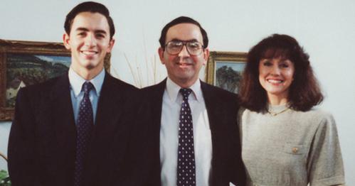 Gia đình Horwitz nhiều năm trước khi xảy ra án mạng.