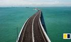 Cầu vượt biển dài nhất thế giới của Trung Quốc trước ngày thông xe
