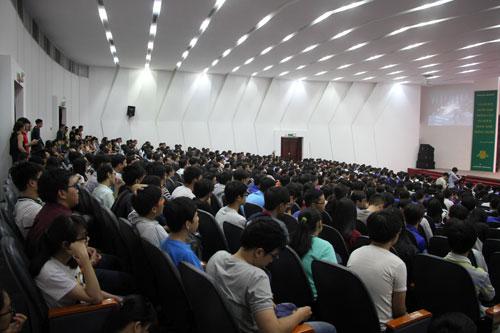 Đại học Bách khoa TP HCM là một trong những trường lớn và đông sinh viên nhất khu vực phía Nam. Ảnh: Mạnh Tùng.