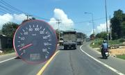 Cần xử phạt ôtô cố tình chạy 10km/h trên quốc lộ như 'chim mồi'