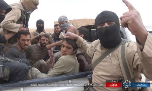 Phiến quân IS bắt cóc nhiều người ở Syria. Ảnh: The Sun.