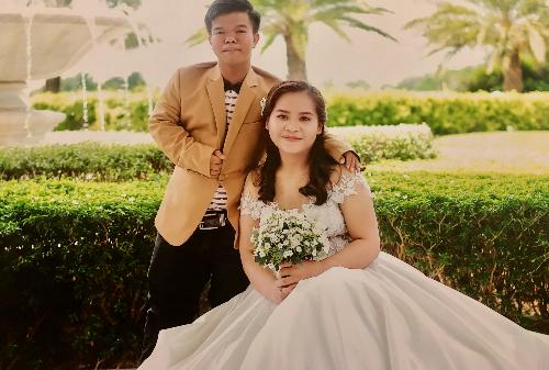 Hạnh phúc sau hơn 3 năm chung sống của Phát và Ngọc là cậu con trai 14 tháng tuổi và một đám cưới diễn ra.