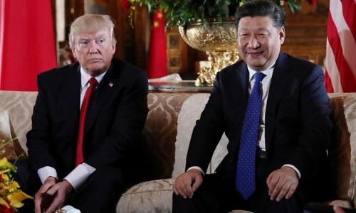 Tổng thống Mỹ Donald Trump và Chủ tịch Trung Quốc Tập Cận Bình trong cuộc gặp ở Mar-a-Lago, bang Florida, Mỹ, ngày 7/4. Ảnh: Reuters.