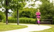 Kẻ tống tiền rình bắt phụ nữ chạy bộ một mình